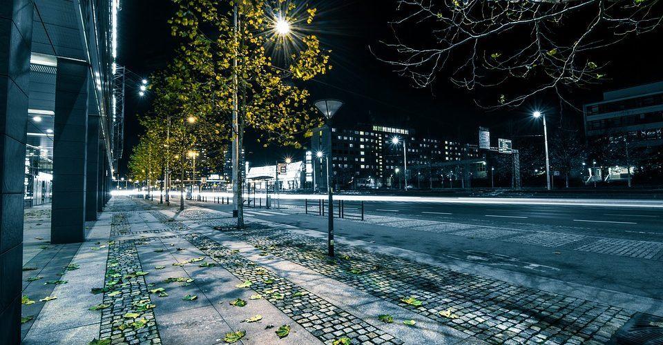 O czym należy pamiętać instalując oświetlenie uliczne LED?