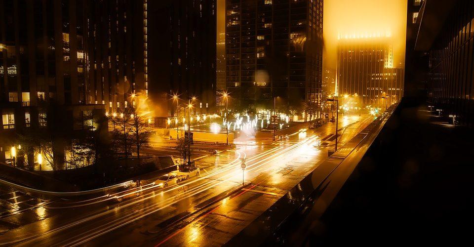 Poznaj najważniejsze zalety oświetlenia ulicznego z diodami LED